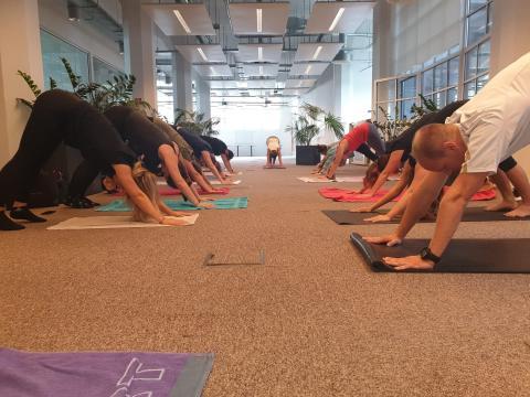 Authentieke yoga voor bedrijven